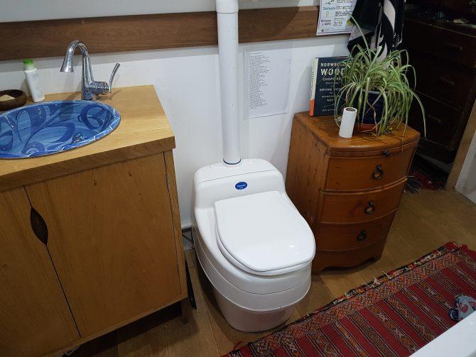 Compost Toilet Separett Villa 9010